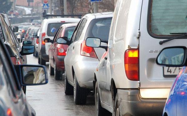 Kupci ukradenih automobila sami ganjaju prevarante