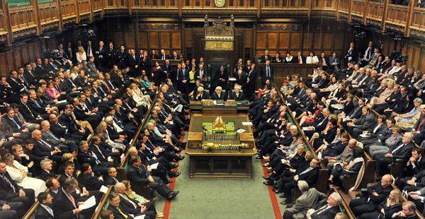 Britanci odbacili referendum o EU 2014.