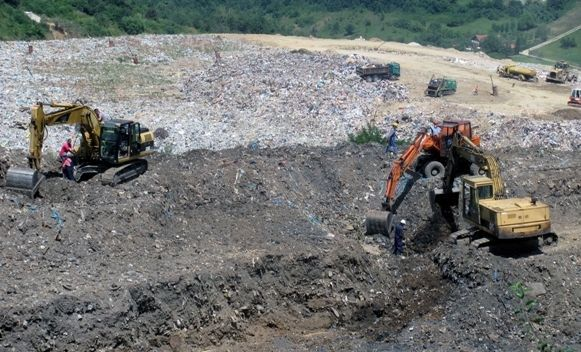 Nastavljena ekshumacija u Buća Potoku
