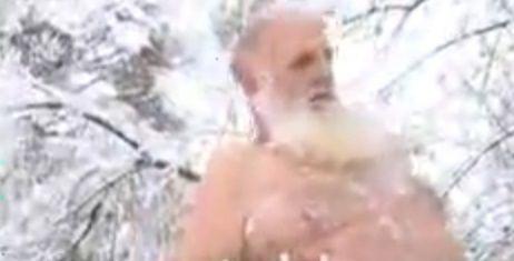 Jefto nastavio tradiciju zimskog kupanja (VIDEO)