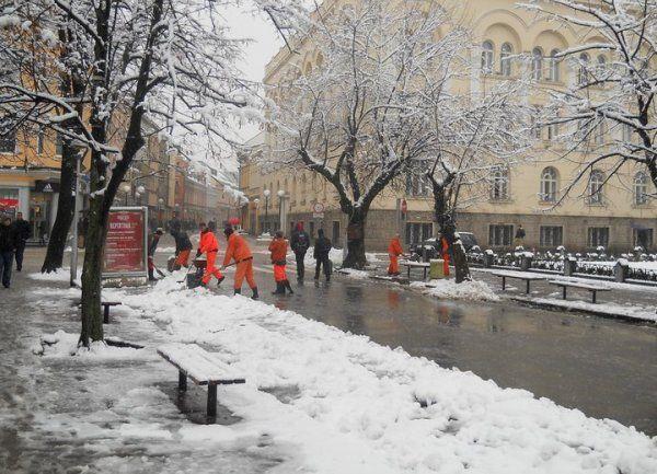 Banjaluka: Prvi snijeg službe blagovremeno uklanjaju