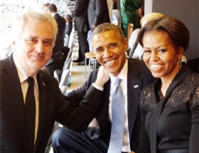 Zagrljeni Nikolić i Obama! (FOTO)