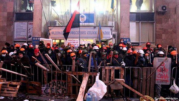 Oprobani recepti: Amerikanci razmišljaju o uvođenju sankcija Ukrajini