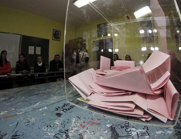 Tuča na biračkom mjestu u Odžacima