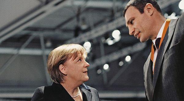 Poznata priča: Merkelova oblikuje Klička za glavnog opozicionara Ukrajine