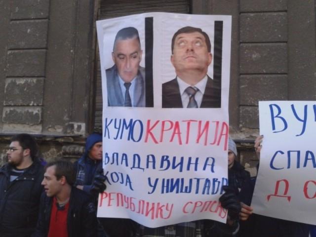 "Beograd: Dronjak i ""Slobodna Republika"" organizovali demonstracije protiv Škrbića"
