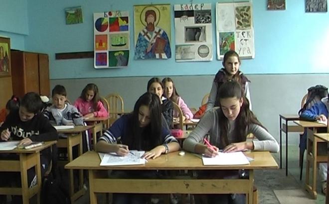 Podrinje: Đaci se smrzavaju u učionicama
