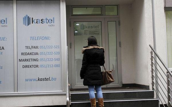 Radnici radija Saundset Kastel prijete tužbama zbog neisplaćenih primanja
