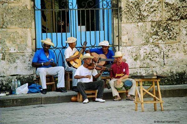 Kubancima dozvoljeno da iznajmljuju poslovne prostore i stanove