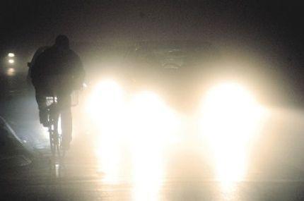 """Atmosfera """"devedesetih"""": Zbog čega banjalučke ulice ostaju u mraku?"""