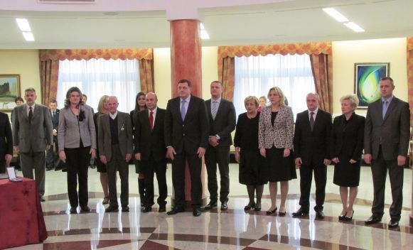 Predsjednik Srpske uručio nova odlikovanja