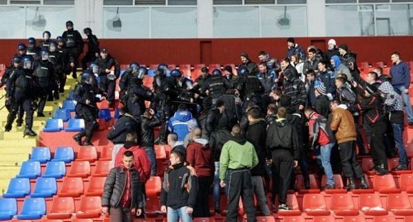 Policija RS demonstrirala kako se bori sa huliganima