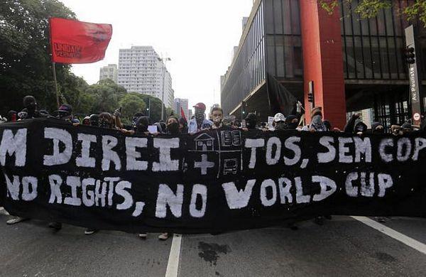 Nastavljaju se protesti protiv SP u fudbalu