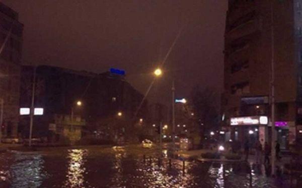 Poplavljen centar Skoplja