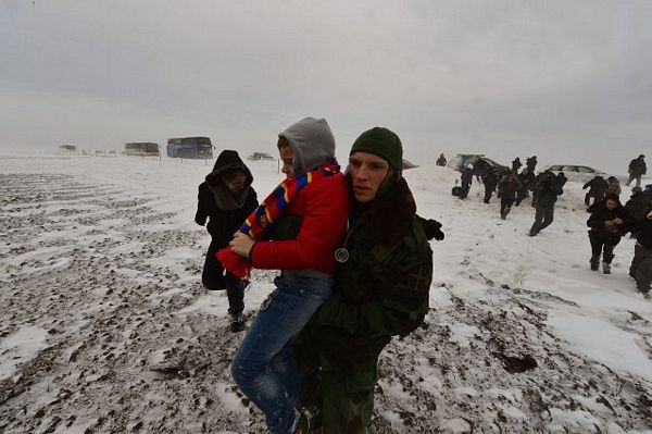 Srbija: Iz smetova izvučeno oko 800 ljudi