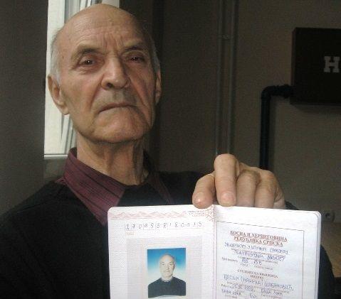 Najstariji student u RS: Prodao vikendicu i upisao fakultet u 75. godini života