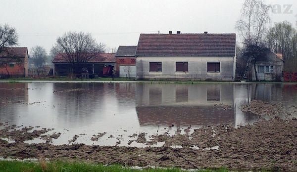 Gradiška: Stanovnicima poplavljenih podučja dostavljene potrepštine