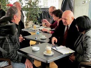 Na kafi sa gradonačelnikom: Šolja pokazuje egzistencijalne probleme