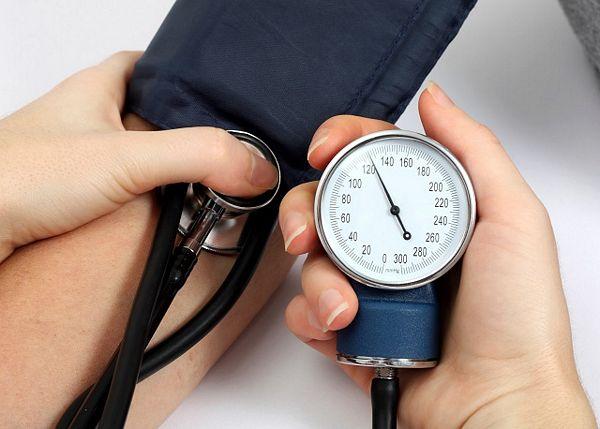 ČAJ OD IRONIJE: Krvni pritisak