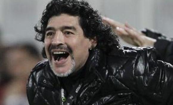 Maradona se vraća na fudbalske terene!