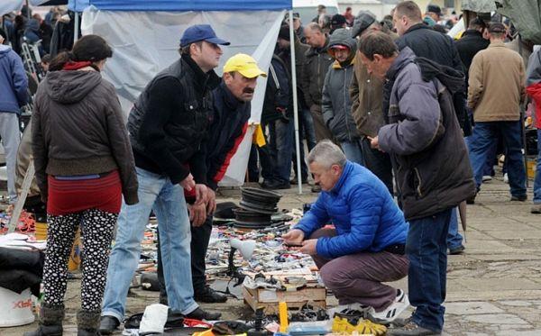 Banjalučka pijaca: Uspomene prodaju za nekoliko maraka