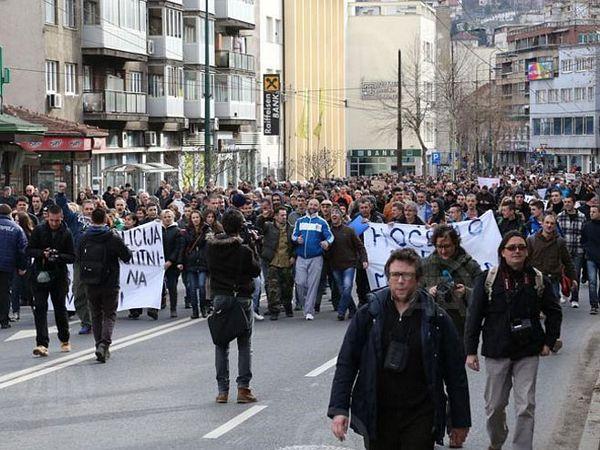 Protesti- dogovorena izmjena Izbornog zakona i prijevremeni izbori?