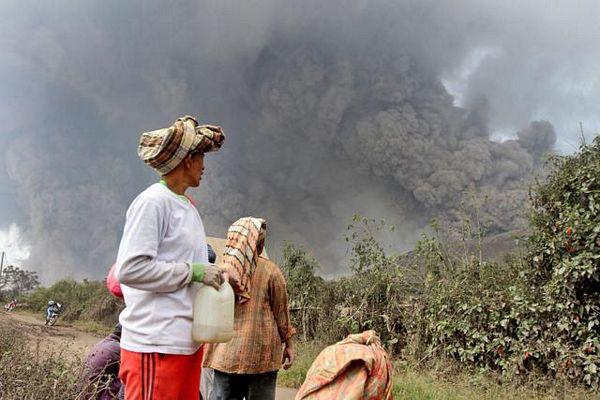 Indonezija: 16 žrtava vulkana