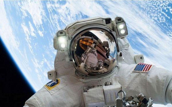 """Astronauti ne mare za probleme """"zemljana"""""""