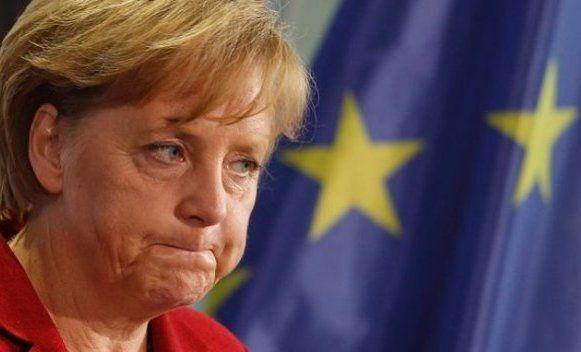 Merkelova odbacila poređenje Putina i Hitlera