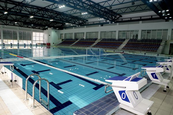 Damama besplatan ulaz na Gradski olimpijski bazen