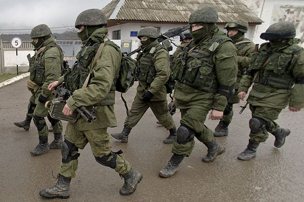 Rusi oružjem i šok bombama zauzeli avionsku bazu