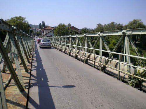 Obustava saobraćaja preko Zelenog mosta