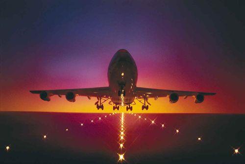 Otet putnički avion na letu za Bali