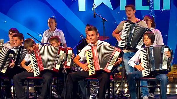 Harmonikaši iz Ugljevika na festivalu u Rusiji