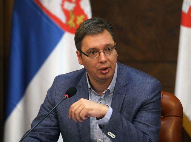 Vučić: Svi koji su izgubili kuće, dobiće nove