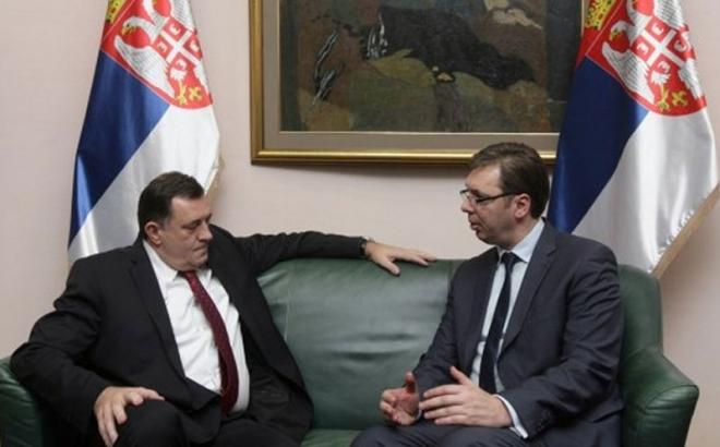 Vučić pozvao Dodika na sastanak