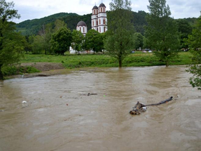 Vodostaj Vrbanje normalizovan, Bosna na granici vanredne odbrane
