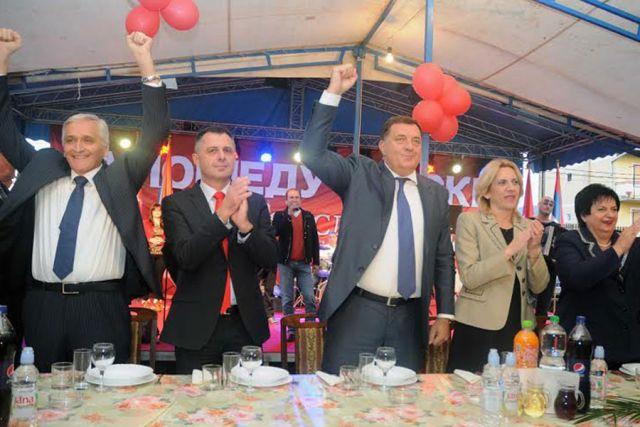 Dodik: Naša poruka je mir, stabilnost i jaka budućnost RS