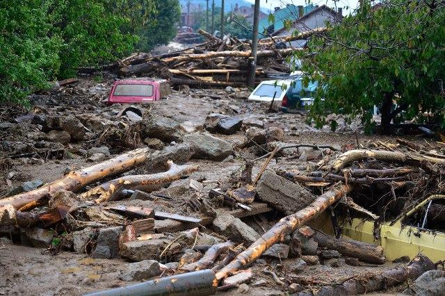 Kladovo: Troje nestalih u poplavama