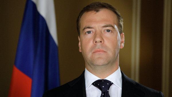 Medvedev: Sankcije su test za snagu Rusije