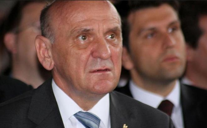 Preminuo Sulejman Tihić