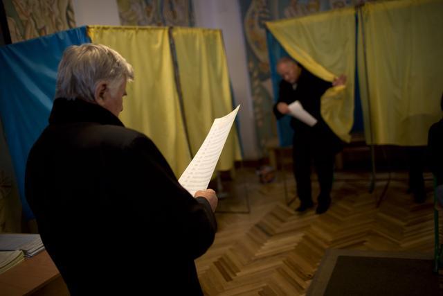 Izbori u Ukrajini, istok bojkotuje