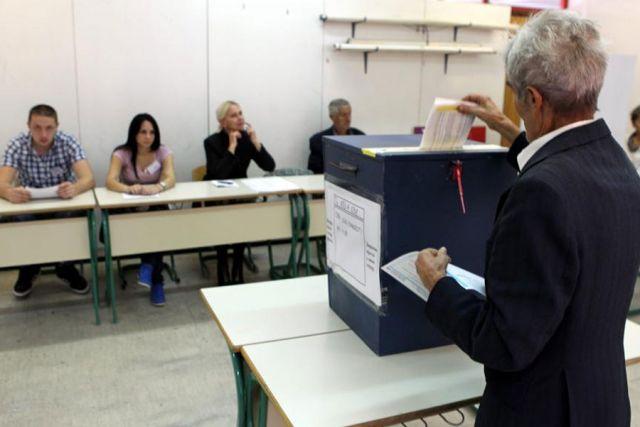 Sanski Most: Potukli se stranački posmatrači na biračkom mjestu Kijevo