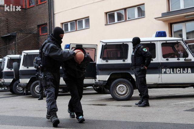 """Akcija """"Golf"""": Uhapšeno 27 članova auto-mafije"""
