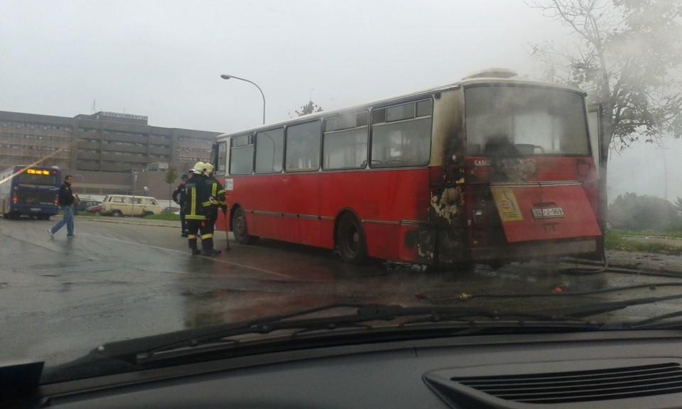 Zapalio se autobus na Paprikovcu