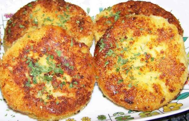 Brzo, jeftino i ukusno: Pljeskavice od krompira