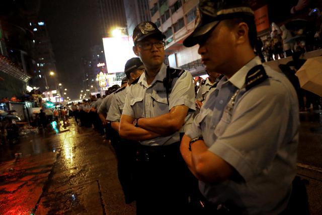 Novi neredi i hapšenja u Hongkongu