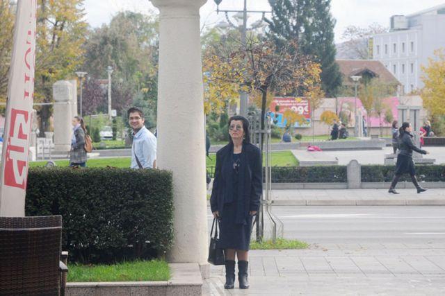 Žena danima misteriozno ćuti u centru Banjaluke