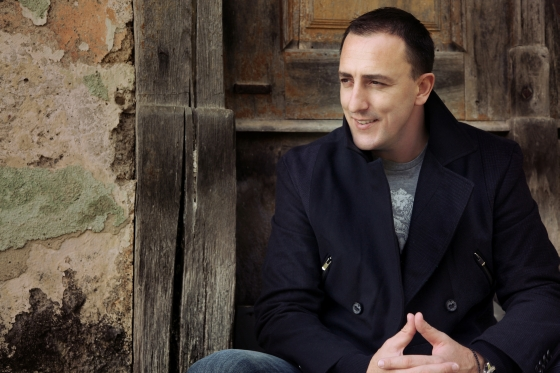 """Sergej Ćetković: Spot za novu pjesmu """"Zar je kraj?"""" (VIDEO)"""