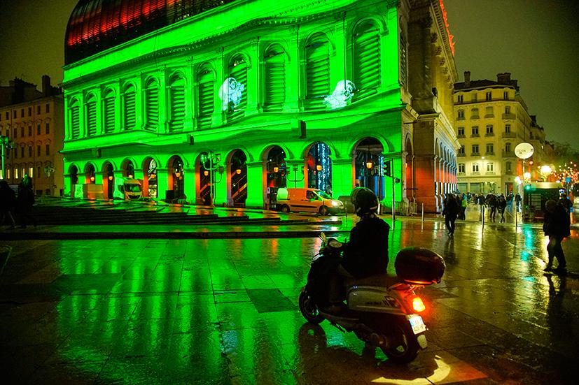 Malo drugačije kićenje grada: Festival svjetlosti u Lionu (FOTO)